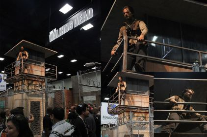 It was great to see The Walking Dead booth with the Rick Grimes statue as the main piece. I digitally sculpted his face with Michael Gulen for KNB Effects. He scanned actor Andrew Lincoln on set, and then the data was further sculpted by myself, output by Morpheus Prototypes.